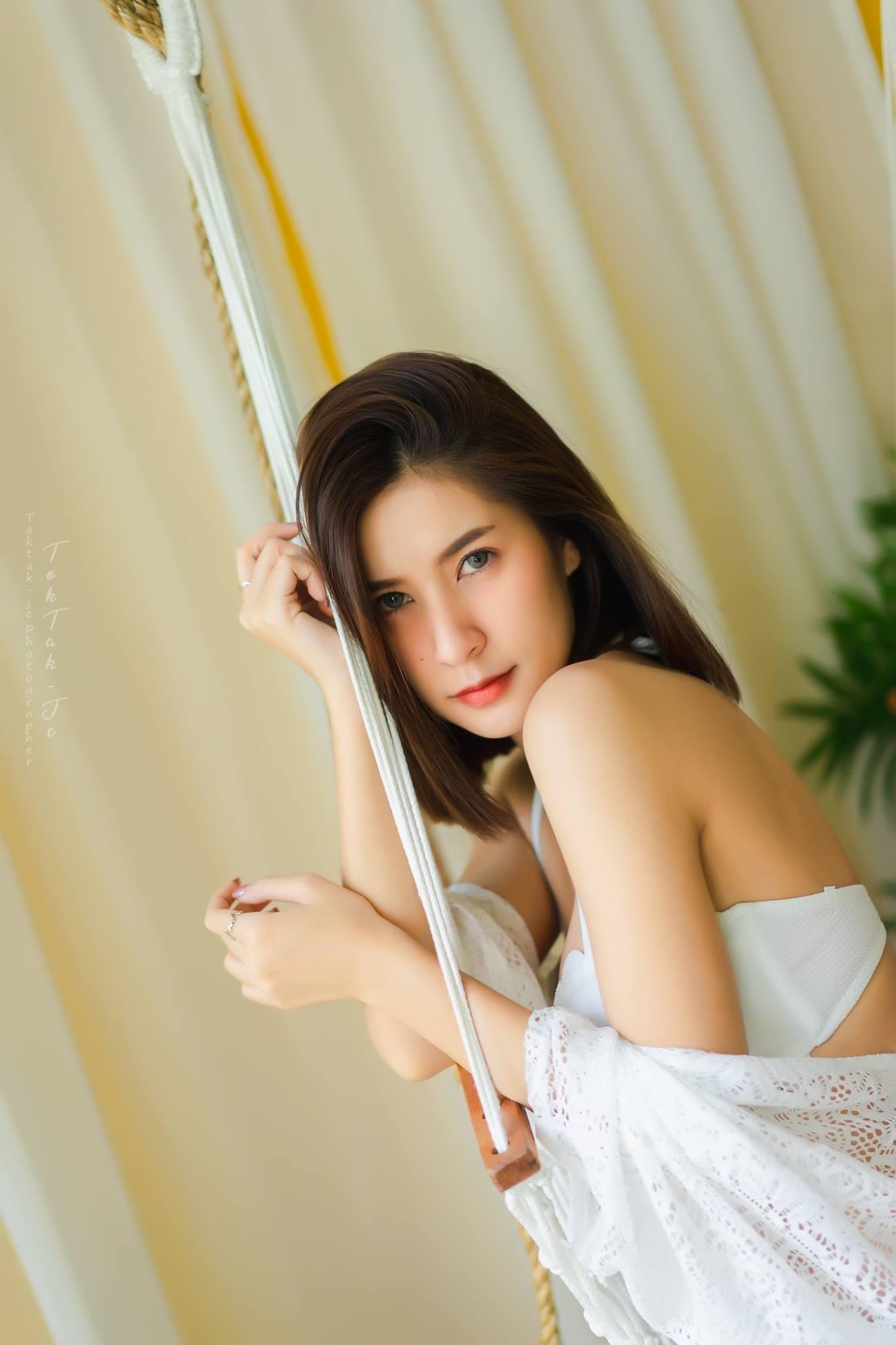 Swing - Thanyarath Sriudomloert