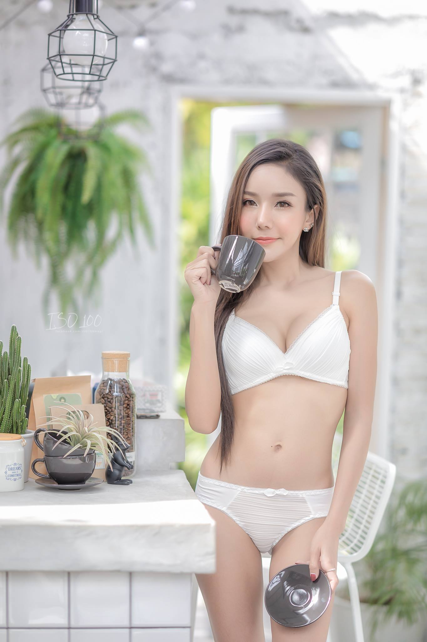 Coffee, Tea or Me - Wanida Promsak