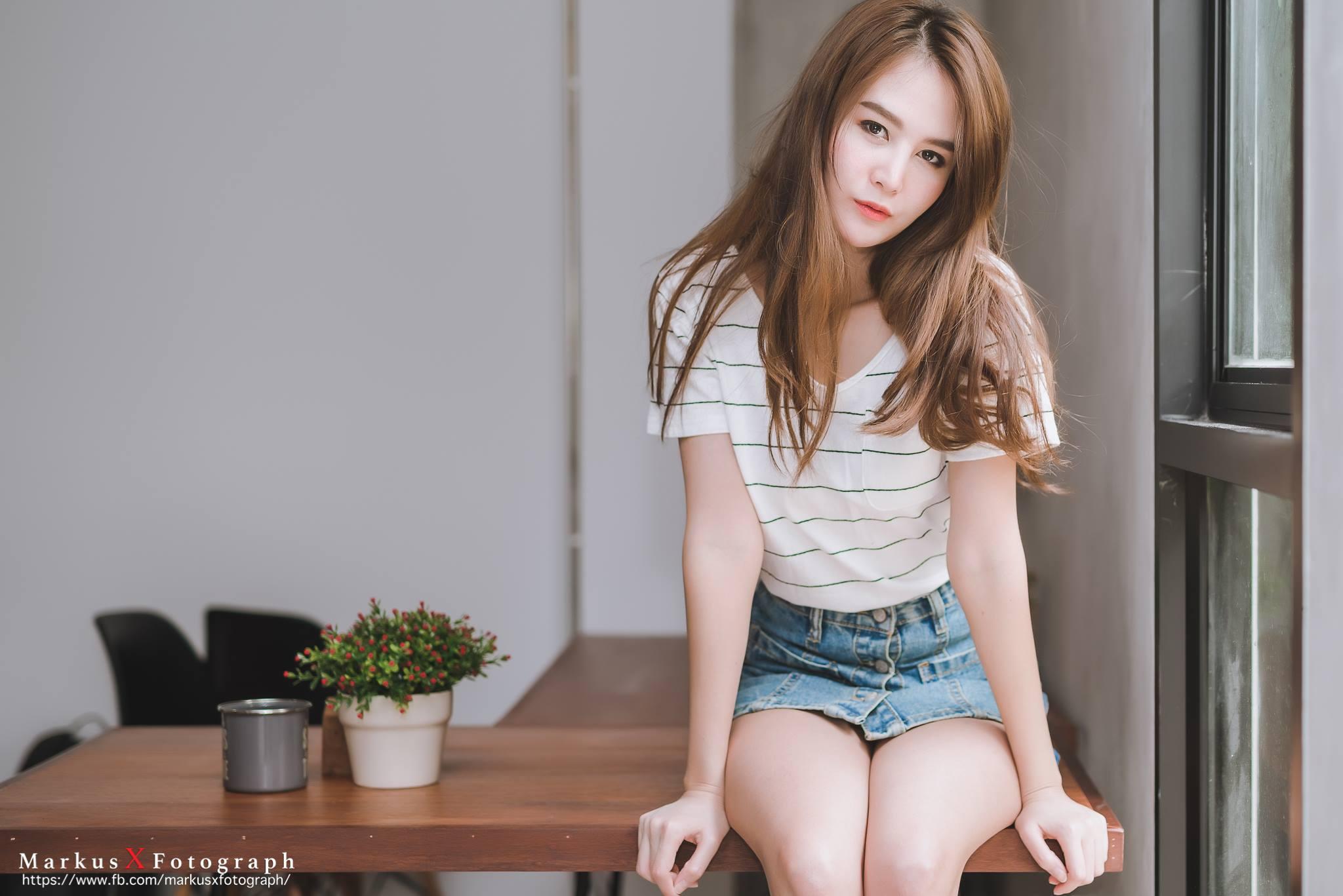 Lite Life - Bow Pakpicha Suwannakin