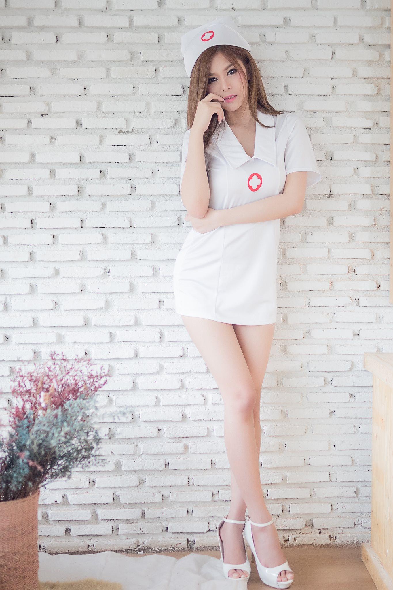 I Need a Doctor - Kanyakarn Kaewnisai