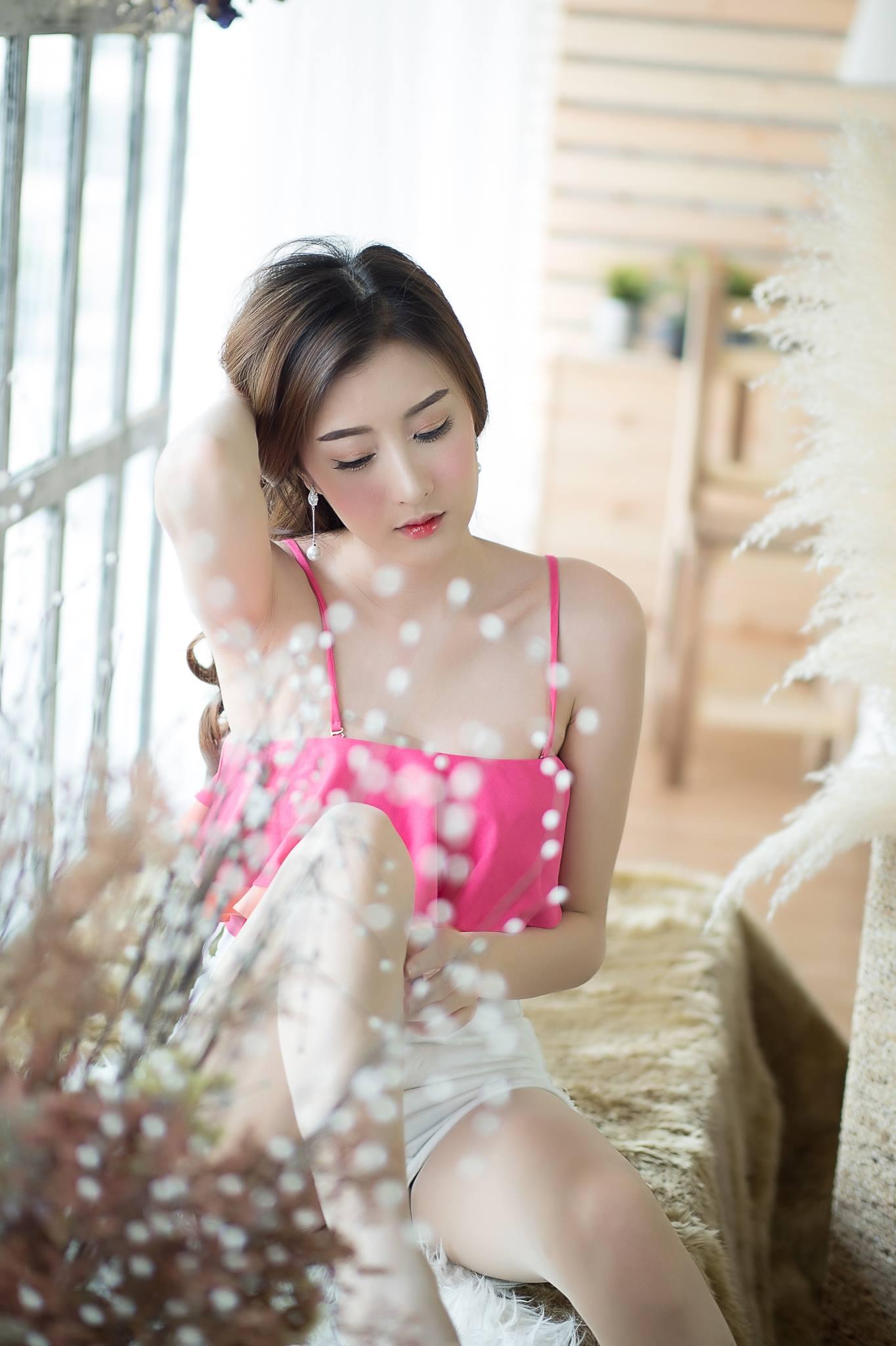 Pink Top - Nannapat Muayly Rungruangwong