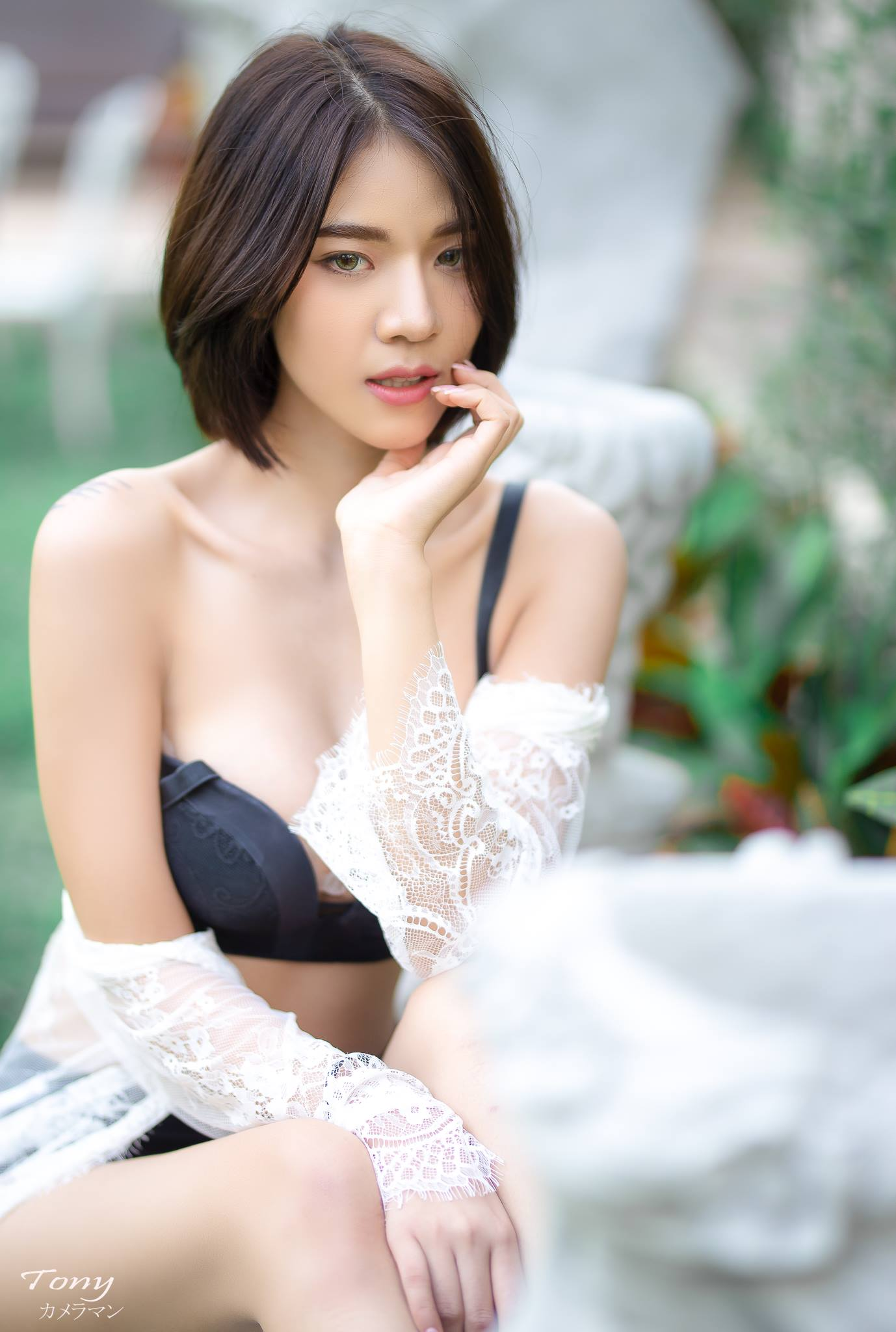 Lace and Strap - Giekao Klaorethai