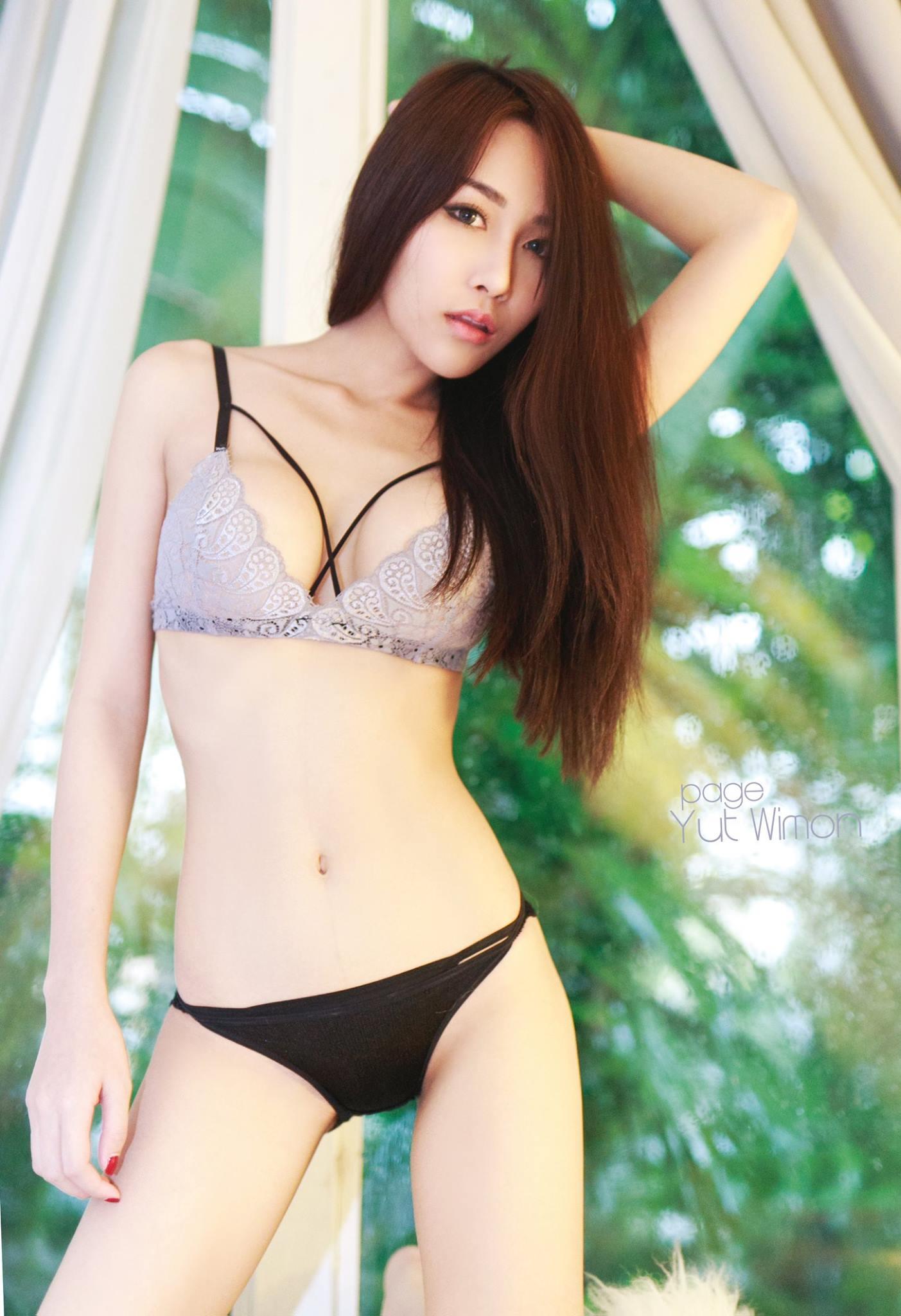 Black Strips - Chotip Jandahan