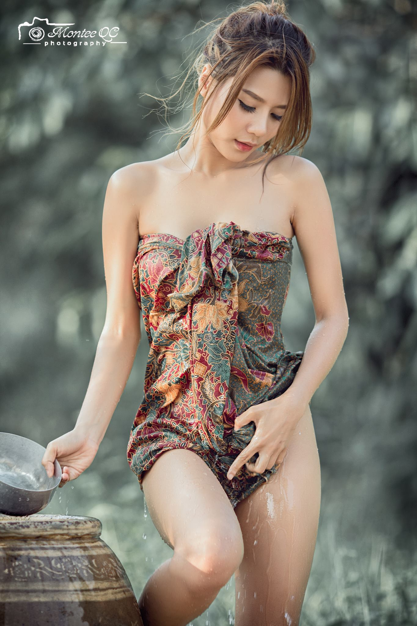 Shower by the River - Nong น้องนุ่น